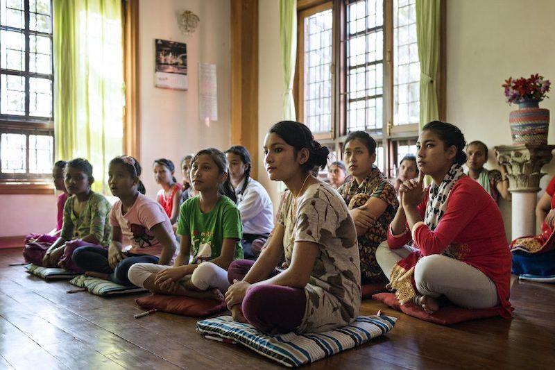 Apeiron donne nepalesi a lezione