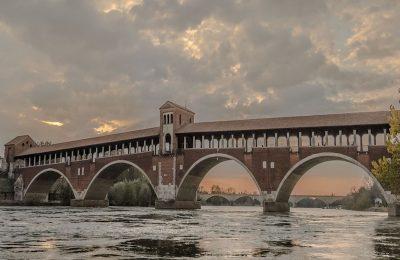 Pavia la città delle 100 torri, ponte coperto